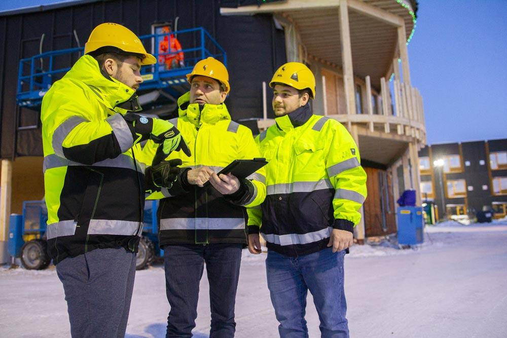 Hensikten er å vurdere om sikkerheten er godt nok ivaretatt gjennom gjeldende arbeidsprosedyrer og planer, eller om det er behov for å iverksette ytterligere tiltak som kan fjerne eller kontrollere farene